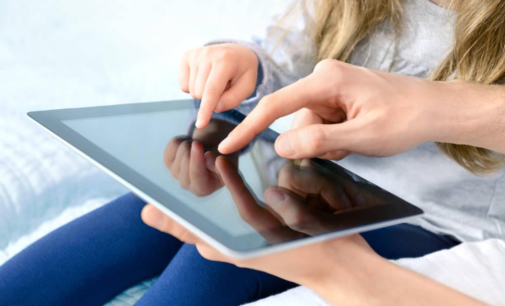 Иллюстрация на тему Как установить родительский контроль на Андроид - пошаговая инструкция